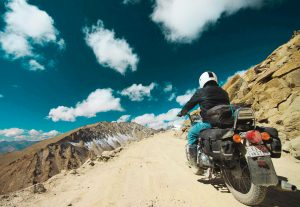 Kargil to Srinagar - Rukmat Travels